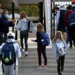 """Συνεδρίαση Λοιμωξιολόγων: Αναμένεται """"πράσινο φως"""" για Γυμνάσια – Λύκεια ίσως και τη Δευτέρα 25/1"""