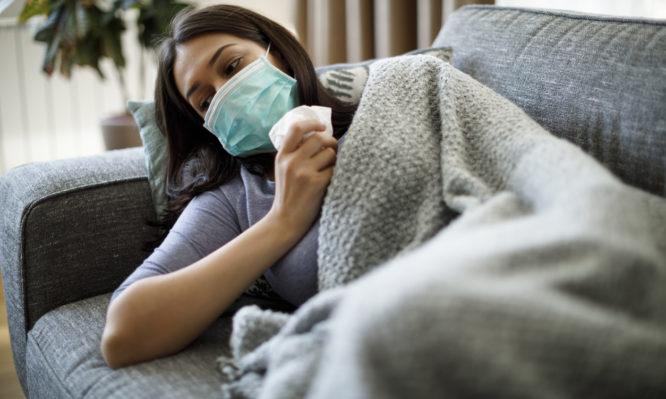 Κορωνοϊός: Ένας στους τρεις ασθενείς ξαναμπαίνει στο νοσοκομείο