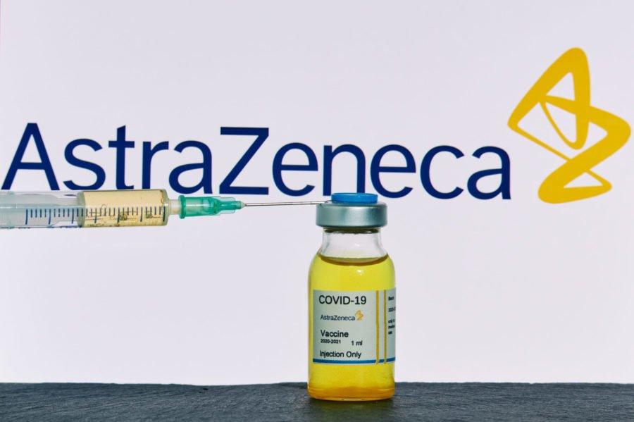 Αρχίζουν οι εμβολιασμοί με το εμβόλιο της AstraZeneca